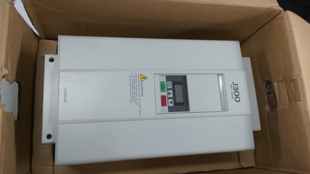 Hitachi Inverter J300